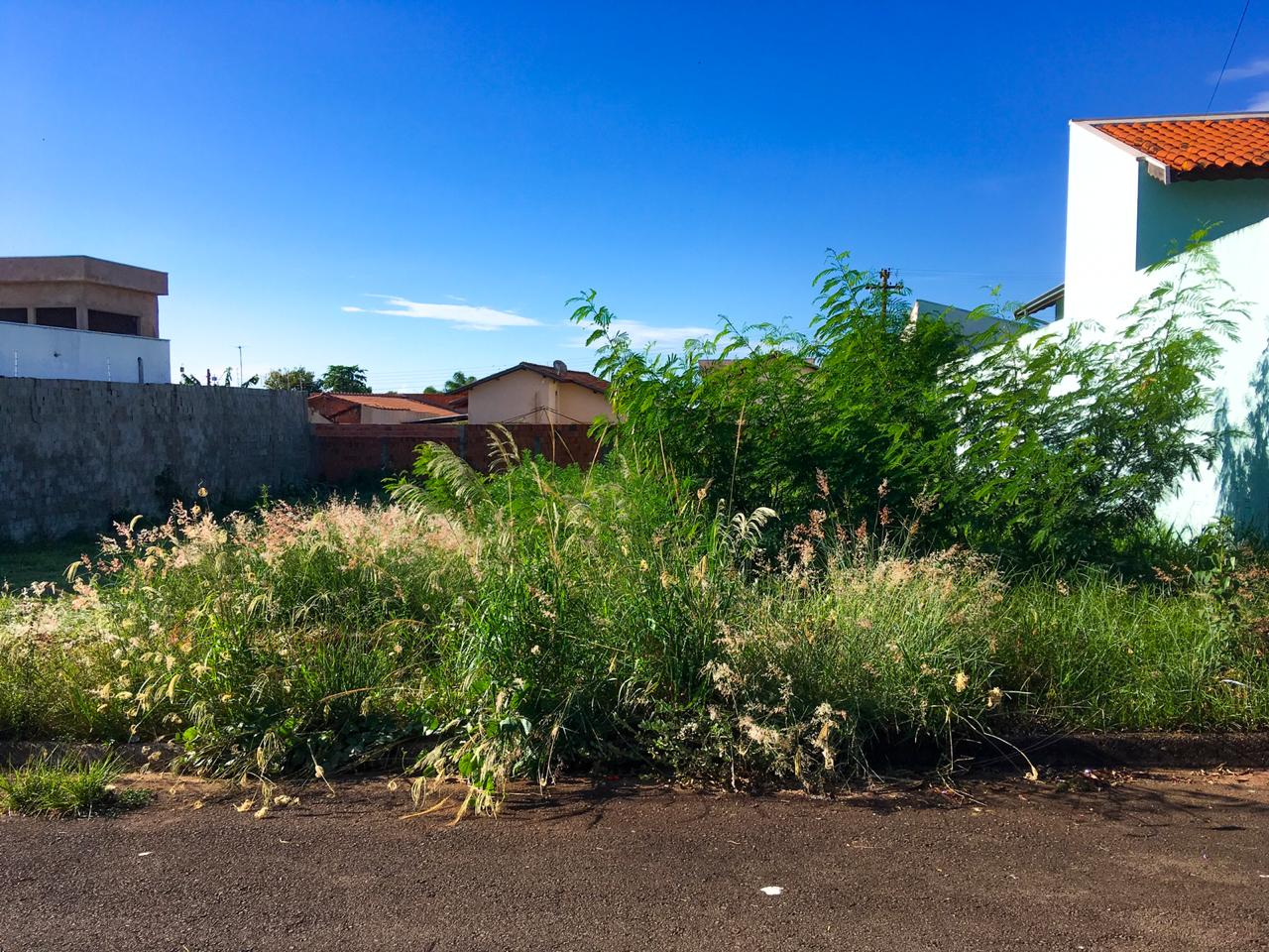 São Manuel prorroga prazo para donos de terrenos construírem calçadas e muretas