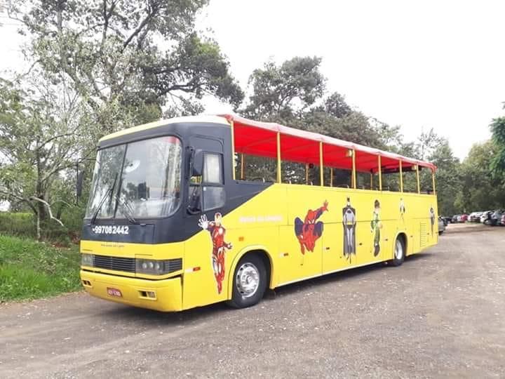 Ônibus da alegria: prefeitura alega irregularidades e falta de segurança. Vereadores dizem que é politicagem