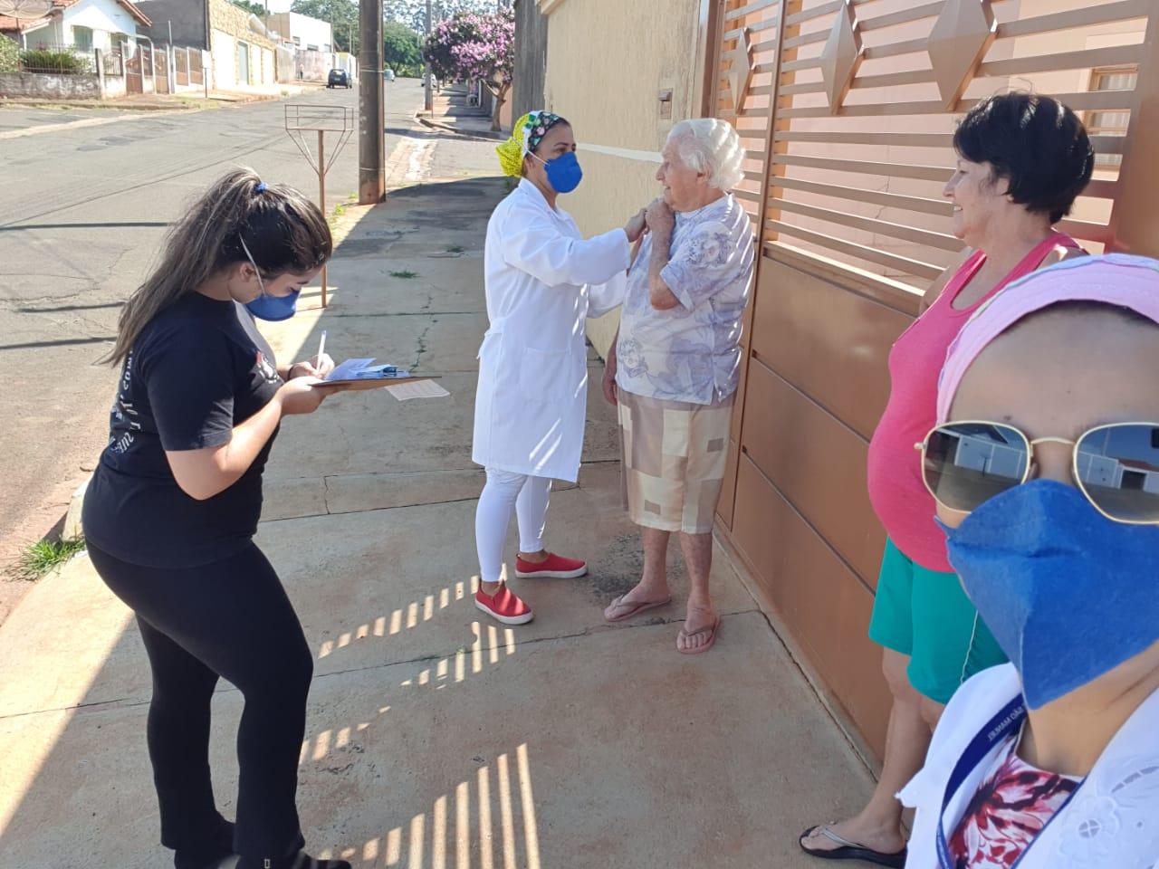 Saúde divulga cronograma de vacinação casa-a-casa em São Manuel
