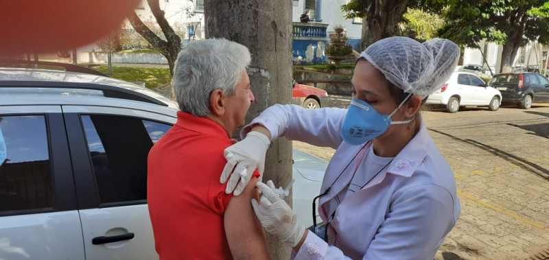 Idosos não serão vacinados contra a gripe nos postos de saúde