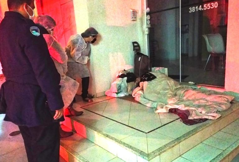 Botucatu: Na noite mais fria do ano, 55 moradores de rua foram acolhidos pela GCM no Ginásio e no Espaço Acolhedor