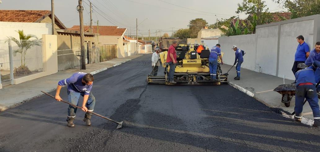 Prefeitura inicia recape na rua Rodrigues Alves