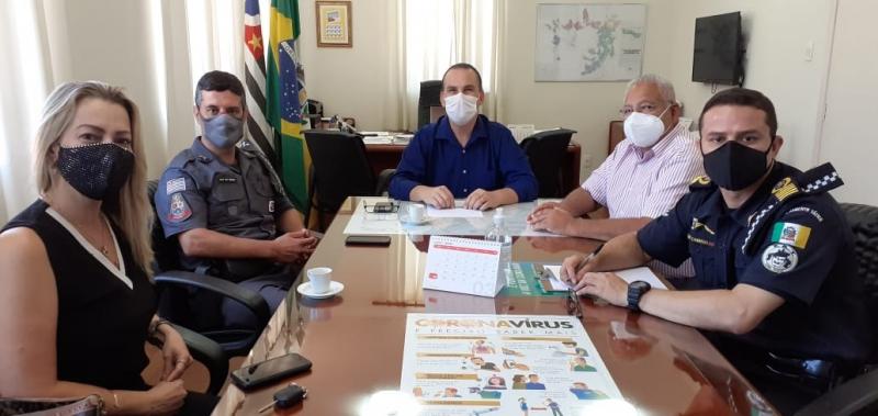 São Manuel emite três multas de R$ 10 mil por conta de festas ilegais