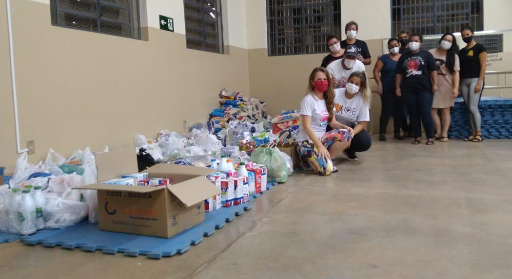Fundo social recebe doações do caminhão da solidariedade