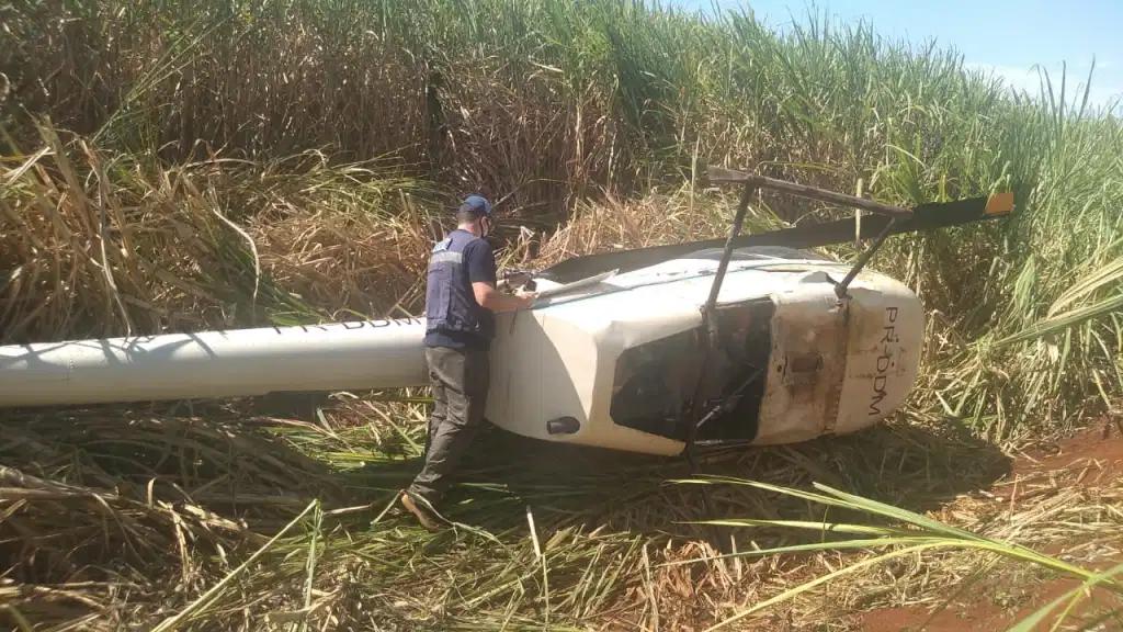 Helicóptero cai em zona rural de São Manuel