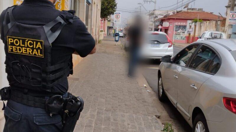 Polícia Federal cumpre mandados em Botucatu durante operação Jurumirim